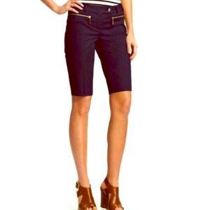 Take 50% off!!🌺 MK Bermuda Shorts